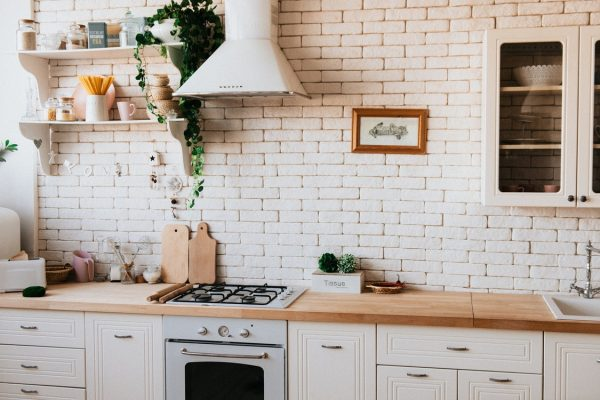 How to Make Your Kitchen Look More Neat and Organized – Simple Tips