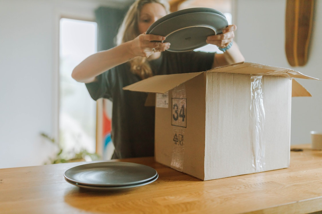 Average Costs Associated with Expert Moving Services – Budget-Friendly Tips